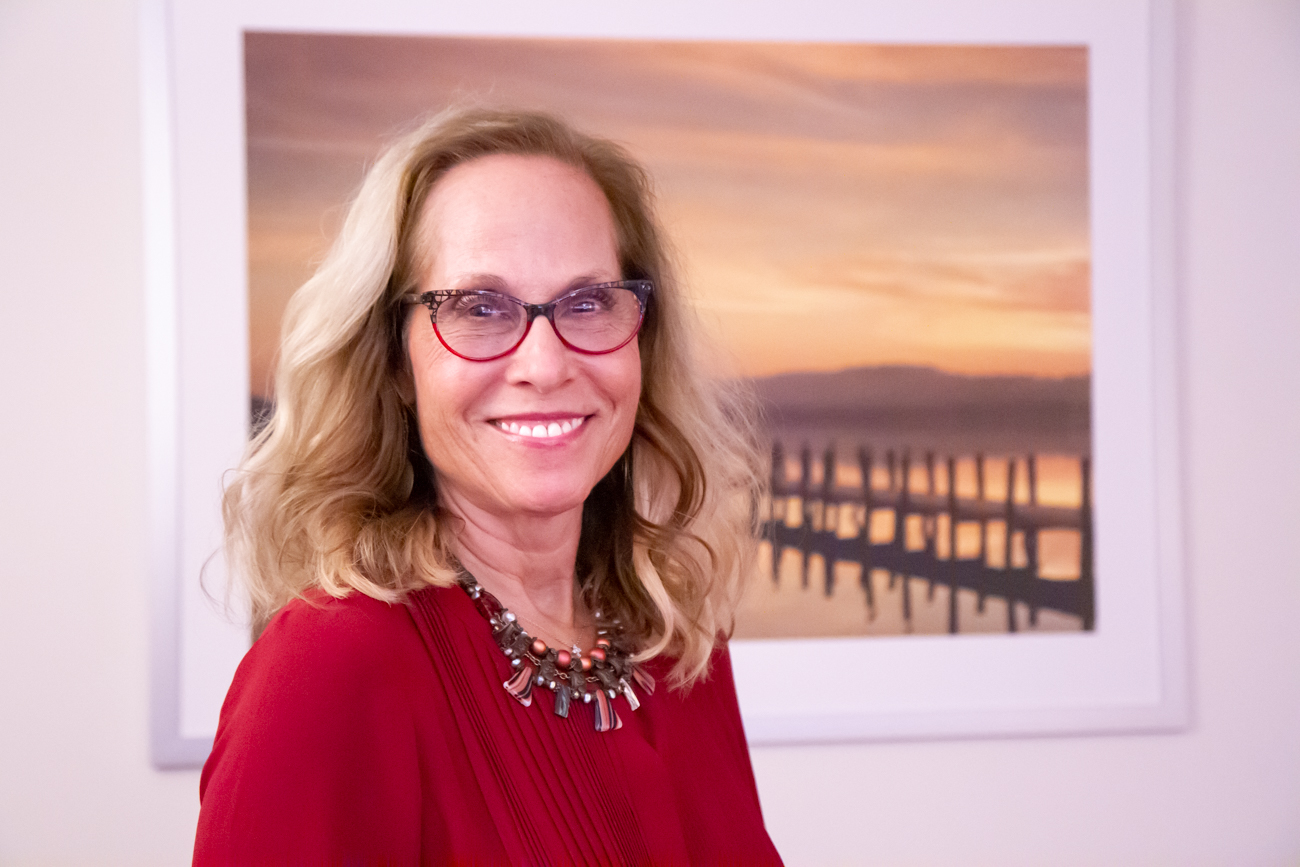 Robin Newman, Licensed Clinical Social Worker Long Island therapists